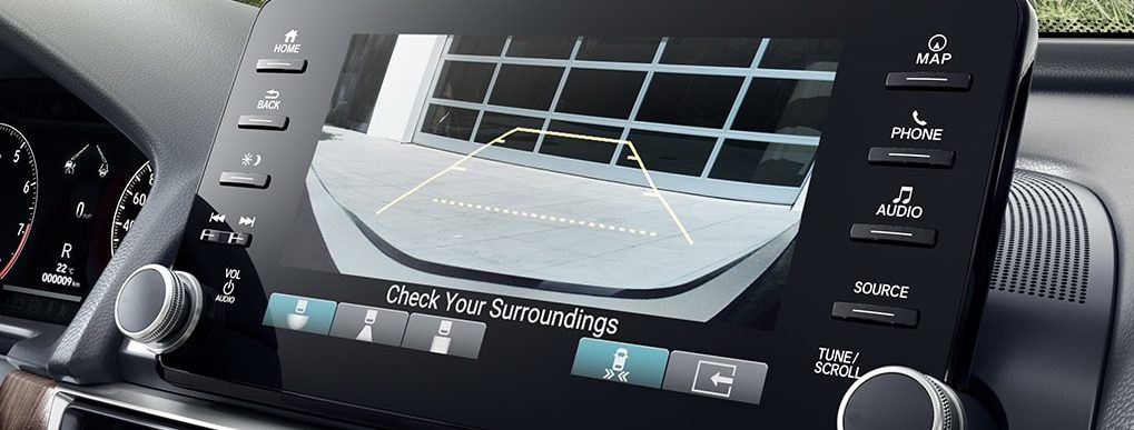 Honda multi-angle rearview camera system displayed on hondalink screen